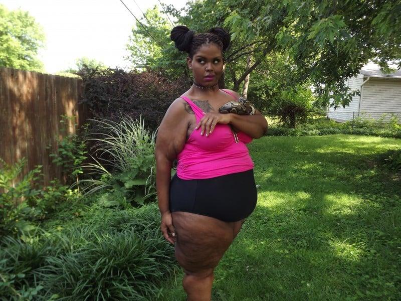 We Exist! Diversity in Plus Size Bodies // Fatgirlflow.com