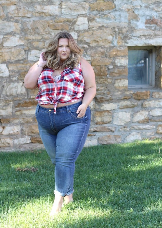 Plus Size Jeans From Melissa McCarthy // fatgirlflow.com