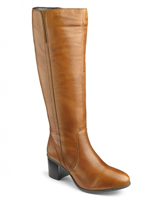 Finding Your Fit In Wide Calf Boots // Fatgirlflow.com